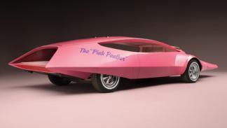 El coche de la Pantera Rosa trasera