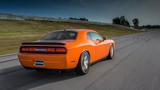 Dodge Challenger RT Shaker 2014 trasera