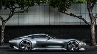 Mercedes-Benz AMG Gran Turismo lateral