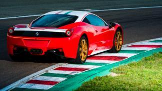 Ferrari 458 Italia en honor a Niki Lauda, vista trasera