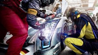 Mecánicos en Le Mans