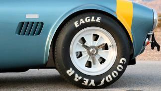 Shelby Cobra 289 50 Aniversario llantas