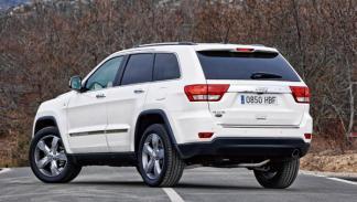 Jeep-Grand-Cherokee-trasera-estática