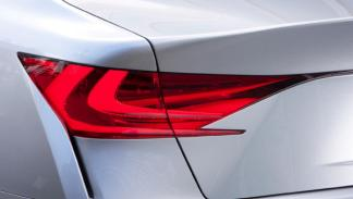 Faro trasero del Lexus LF-Gh