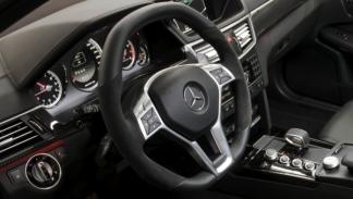 Mercedes Clase E 63 AMG V8 Biturbo volante