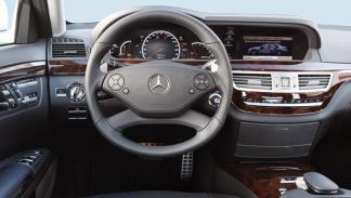 Mercedes S 63 AMG interior