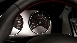 nuevo-bmw-serie-1-2012-relojes