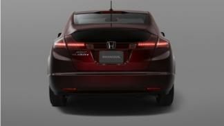 Honda FCX Clarity trasera