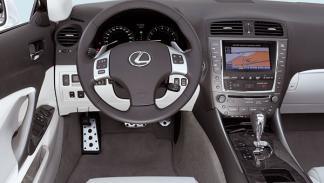 lexus-is-c-cabrio-250-salpicadero