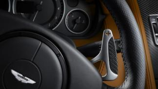 Levas de cambio del Aston Martin DBS Carbon Edition