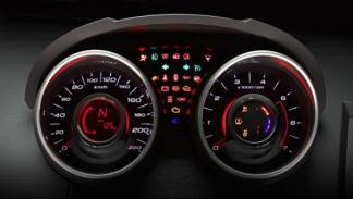 Mahindra XUV500 detalle
