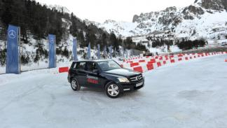 experiencia-4matic-mercedes-conduccion-nieve-2