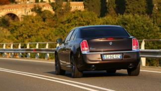 Lancia Thema exterior trasera 2