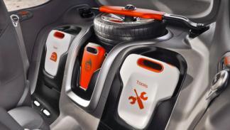 Kia Track'ster Concept compartimentos