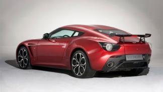 Aston Martin Zagato V12 trasera