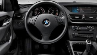 Nuevo BMW X1 sDrive18d Essential Edition interior