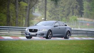 Jaguar 'Nürburgring taxi' lateral carrera