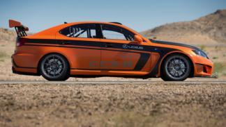 Lexus IS F CCS-R perfil