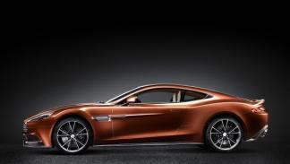 La carrocería del Aston Martin Vanquish 2012,está hecha de aluminio, magensio y