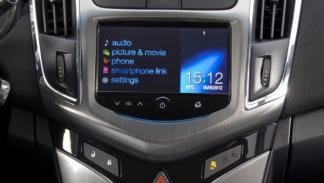 Sistema MyLink del Chevrolet Cruze SW