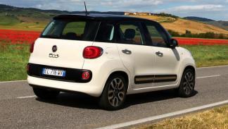 Fiat 500L trasera
