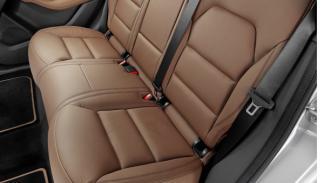 Mercedes-B-200-Natural-Gas-Drive-asientos-traseros