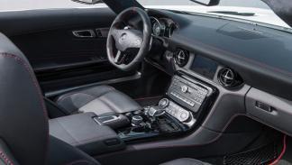Mercedes SLS AMG Coupé Electric Drive interior