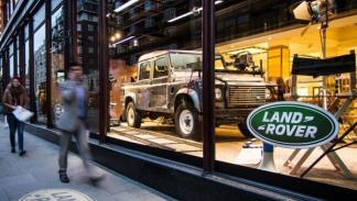 Land Rover Defender del rodaje de Jame Bond
