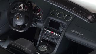 Lamborghini Gallardo 2013 Spyder interior salpicadero