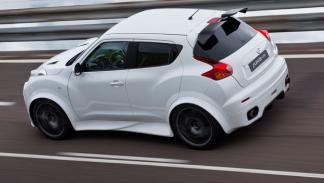 Nissan Juke-R trasera