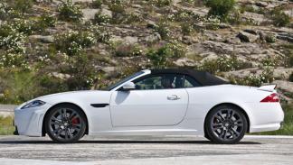 Jaguar-XKR-S-convertible-lateral