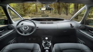 Renault Espace 2013 interior