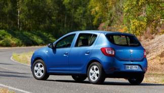 El Dacia Sandero comparte el 100% de las piezas con el Logan hasta el pilar B