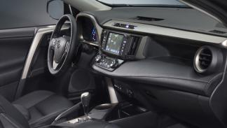 Toyota RAV4 2013 interior