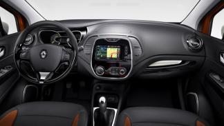 Renault Captur interior salpicadero