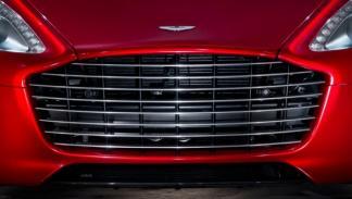 Aston Martin Rapide S rejilla
