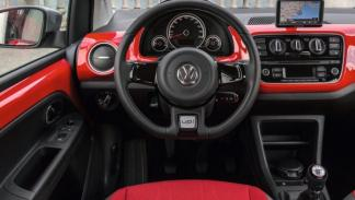 Volkswagen Cross Up!, salpicadero