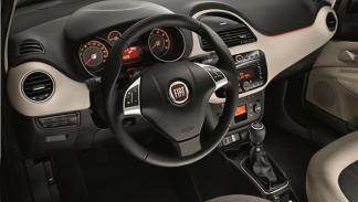 Fiat Linea 2013 interior