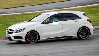 Mercedes_A_45_AMG_perfil