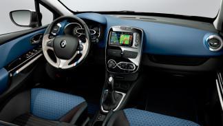 Renault Clio Sport Tourer interior