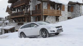 Peugeot Hybrid4 alpes rxh cuesta