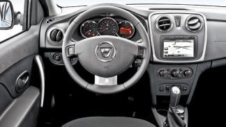 Dacia Sandero dCi 90 Laureate interior