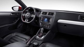 Volkswagen Sagitar GLI interior