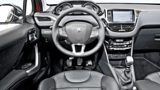 Peugeot 208 THP interior