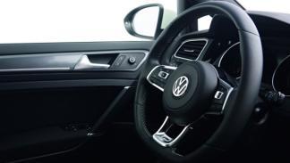 Volkswagen Golf R-Line volante