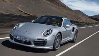 Porsche 911 Turbo y Turbo S tres cuartos delantero