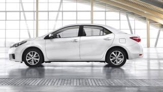 Toyota Corolla 2014 europeo lateral