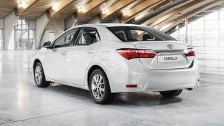 Toyota Corolla 2014 europeo trasera