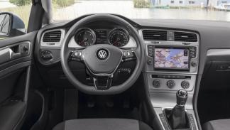 Volkswagen Golf TDI BlueMotion 2013 interior