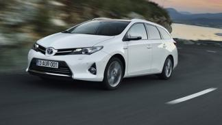 Toyota Auris Touring Sports frontal
